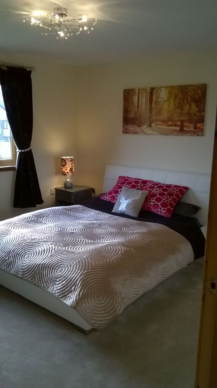 kingsize bedroom 14